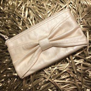Handbags - Elle leather wristlet